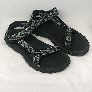 🎲🎲 Teva Sandals 🎲🎲
